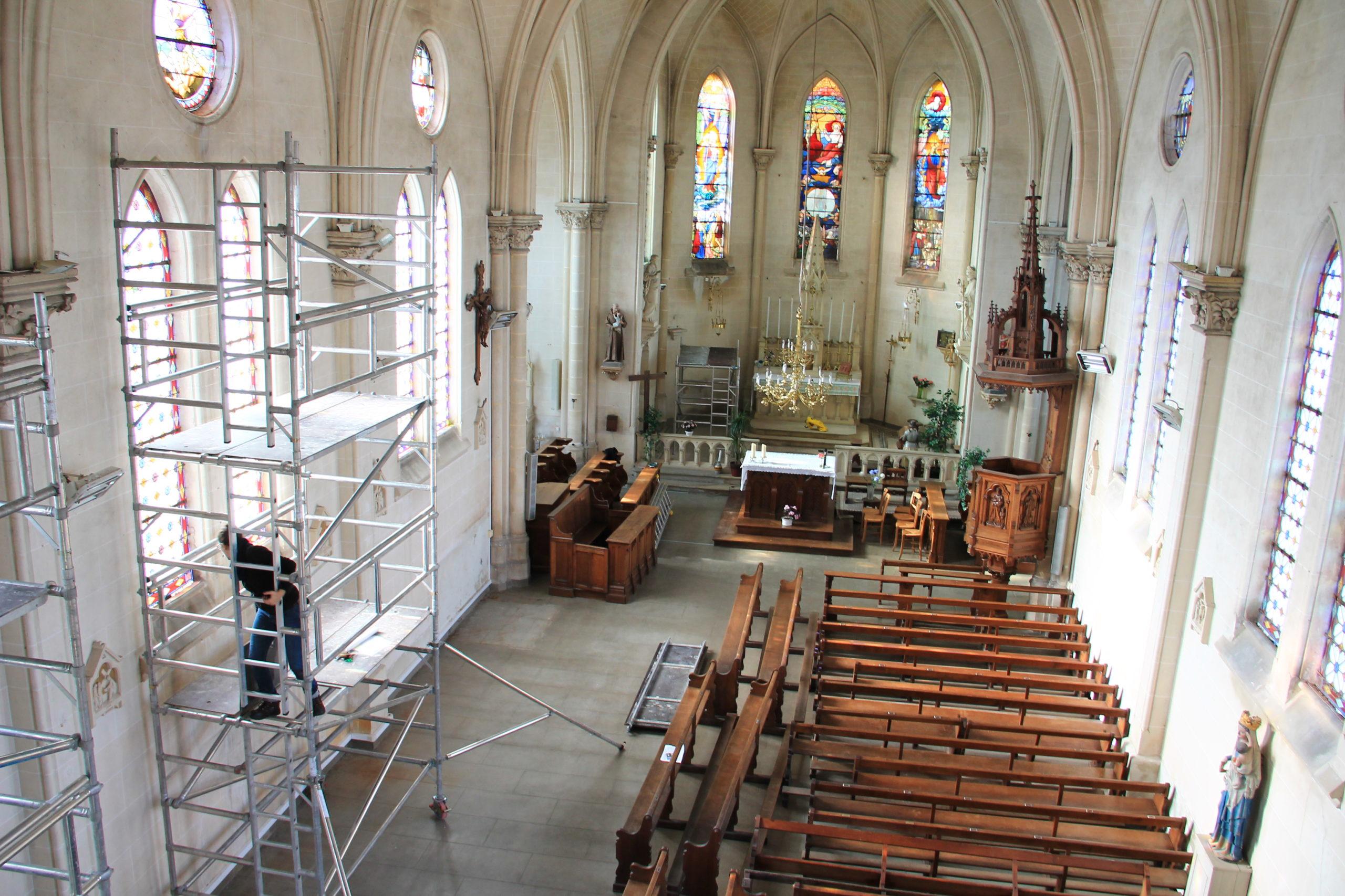 Restauration fenêtre église