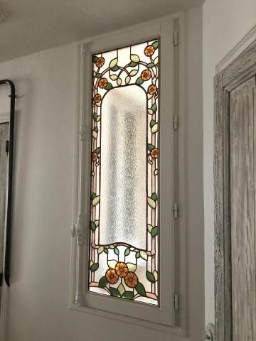 Fenêtre en vitrail